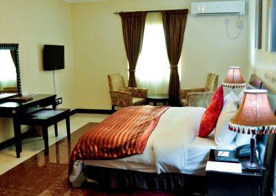 Exclusive bedroom_3