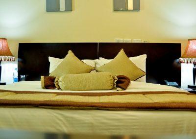 Exclusive bedroom_6